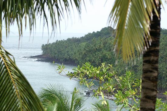 Iles du Salut, French Guiana: vue sur l'ile du diable