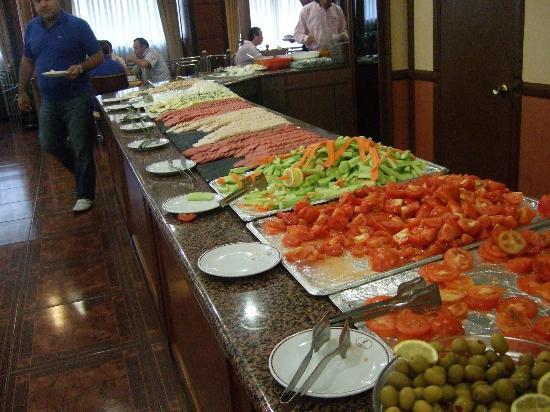 Lion Hotel: Breakfast2