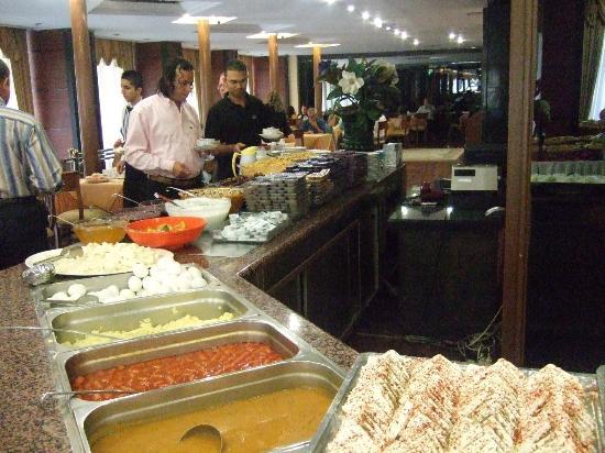 Lion Hotel: Breakfast3