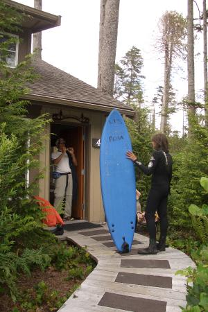 Long Beach Lodge Resort : cottage exterior