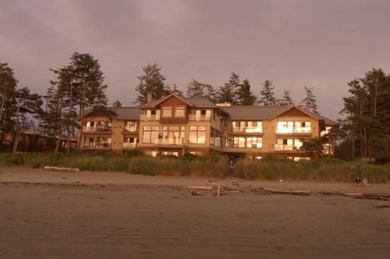 Long Beach Lodge Resort : hotel from beach at sunset