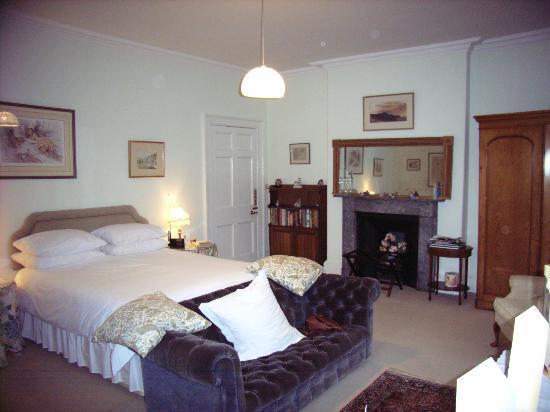 Peniarth Uchaf: Cosy Bedroom