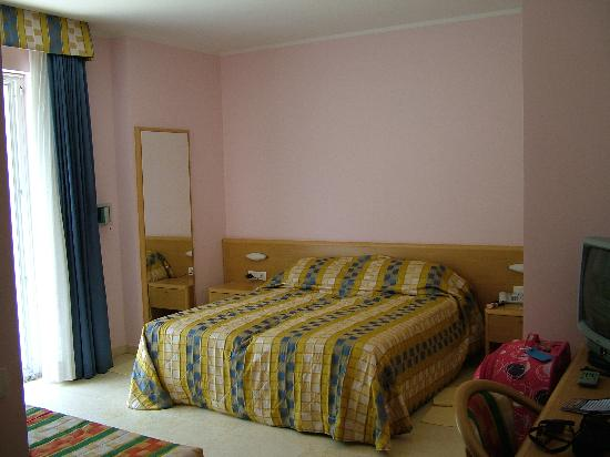 Hotel Garni Orchidea: Bedroom