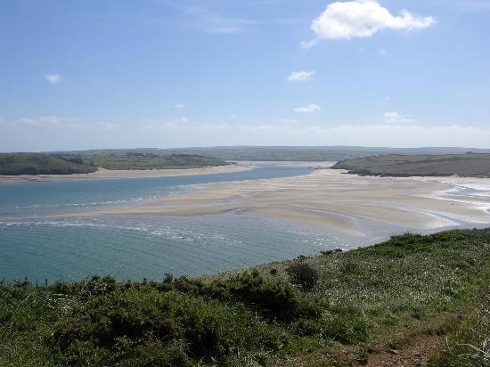 Cyntwell: Camel estuary from coastal path