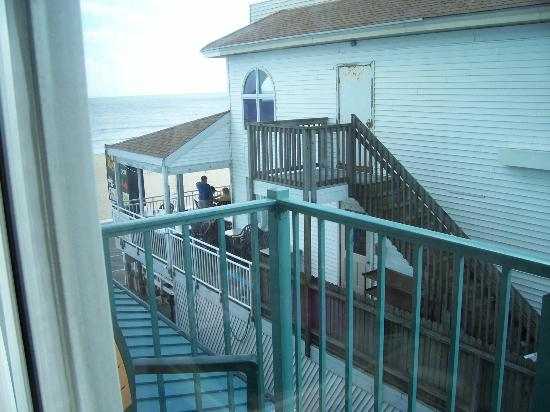 Howard Johnson Plaza Hotel - Ocean City Oceanfront: View 2.