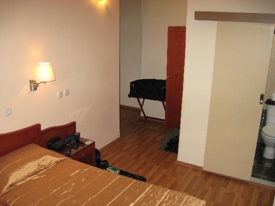 Lakonia Hotel : double room