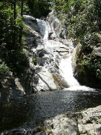 Kelantan, Malezja: view from the bottom level of the waterfall