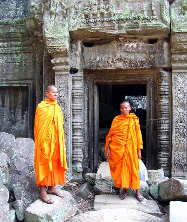 Siem Reap, Cambodia: Young monks at the ruins