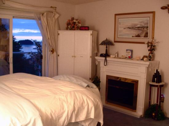 Alaska Ocean View Bed & Breakfast Inn: Bedroom area