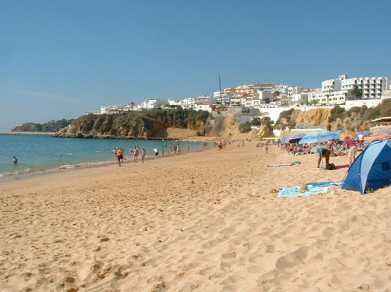 Cerro Mar Atlantico Touristic Apartments: beach