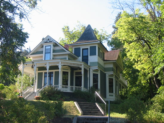 Photo of The Mosier House Bed & Breakfast