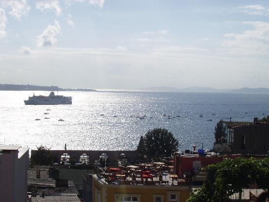 Gul Sultan Hotel: Vistas desde terraza