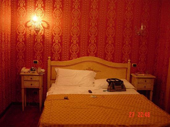 Hotel Relais dei Papi: My Bedroom