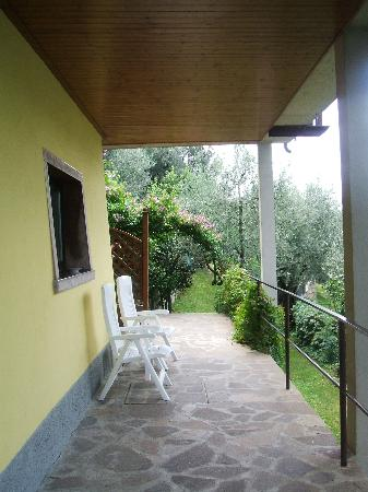 Villa Lisa Hotel: outside of garden terrace room