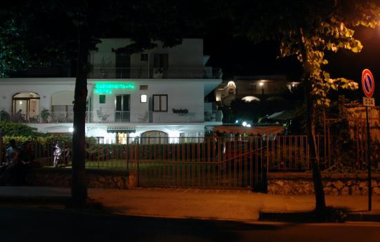 Hotel Carmencita at night