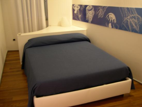 Luxury Apartments Manarola: bed