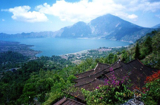 Mount Batur: View of Lake Batur and Mt. Abang from Lakeview Hotel