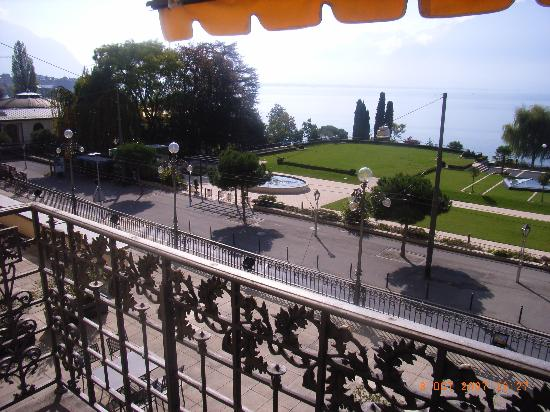 Fairmont Le Montreux Palace: View east from room 110