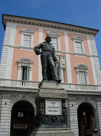 Pisa, Italy: Piazza Garibaldi
