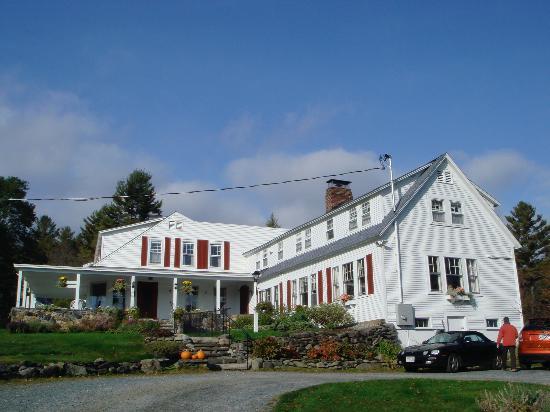 Sugar Hill Inn: front of the inn