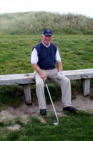Drom Caoin: Gerry on the 14th tee at Carne