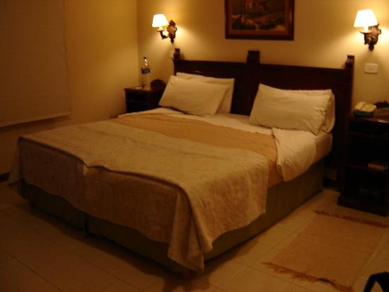 Aldaba Hotel: Fantastic beds and spotless rooms...