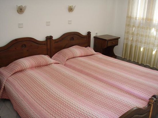 Narges Hotel: Room