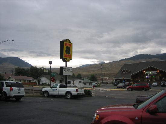 Super 8 Gardiner/Yellowstone Park Area: Area around the hotel