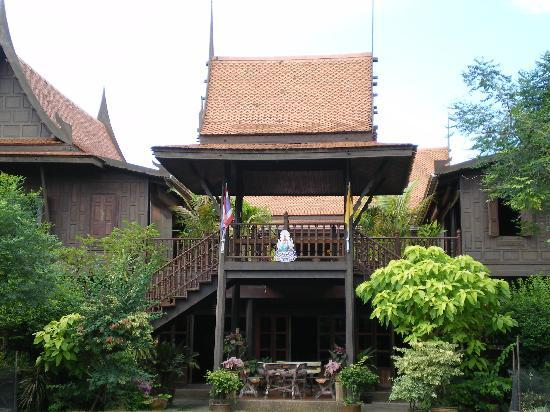 Nonthaburi, Thailand: the thai house