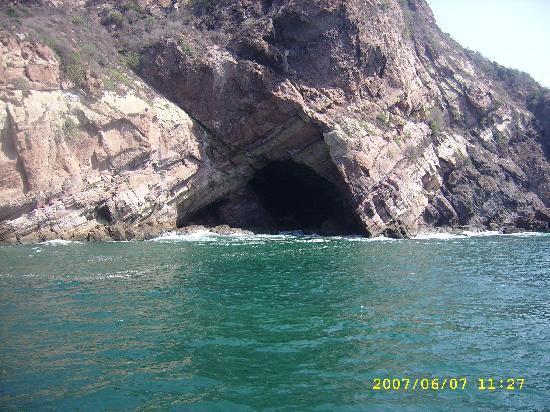 Hotel Don Pelayo Pacific Beach: la cueva del diablo