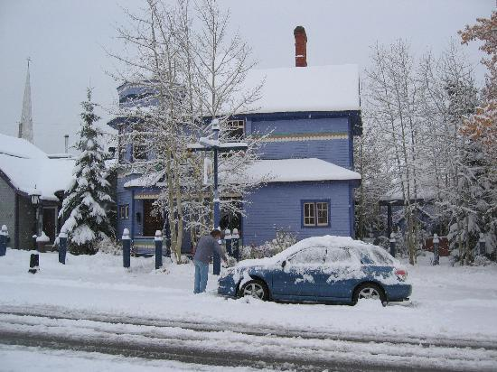 Colorado Trail House: The Inn covered in snow.