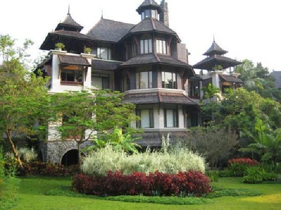 Lana Thai Villa at the Residences