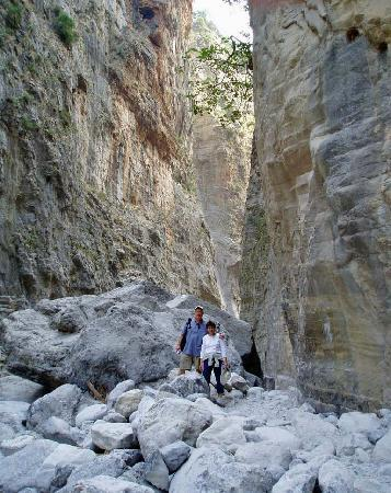 Madonna Studios: Gorge Trail near