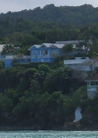 Silver Sands Vacation Villas: Je Suis Content - Blue House