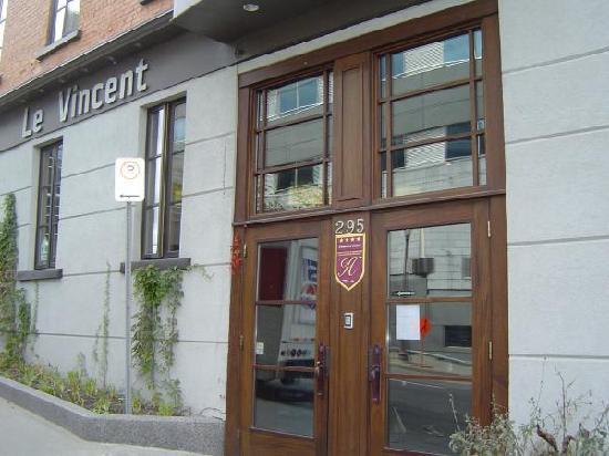 Hotel Le Vincent: Entrance