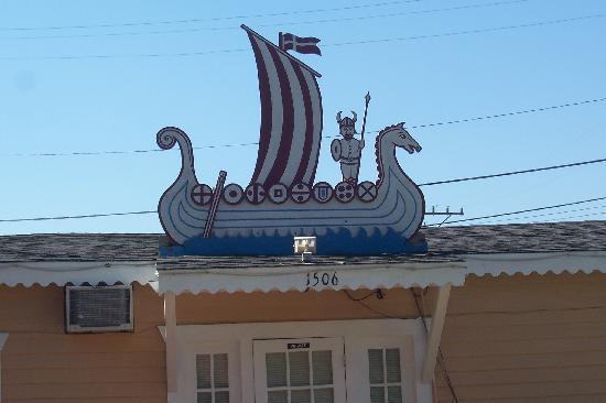 Viking Motel : Sign
