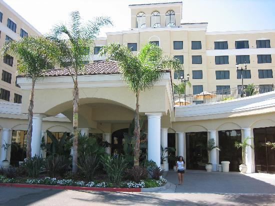 Doubletree Suites by Hilton Hotel Anaheim Resort - Convention  Center: Outside