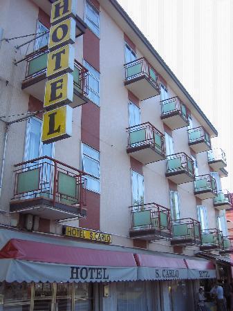 Hotel San Carlo: fachada