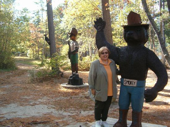 Wellington State Park: Smokey and the Ranger