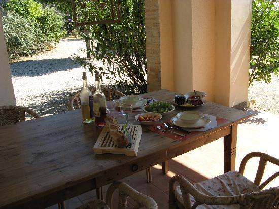 Daramousque: Terrace