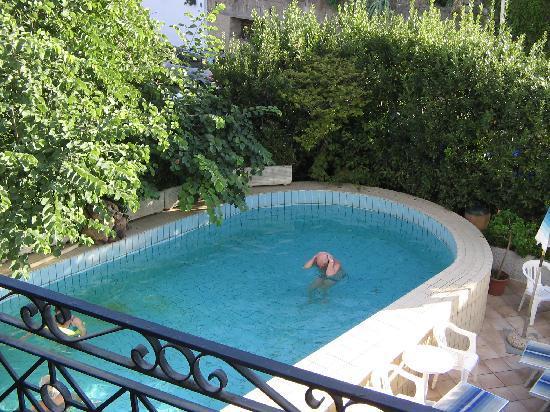 Villa Thomas B&B : Pool with thermal water