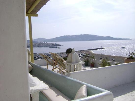 Omiros Hotel: Vista de la bahia  desde terraza de hotal Omiros