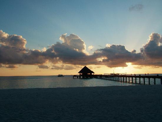 Kanuhura - Maldives: Sunset
