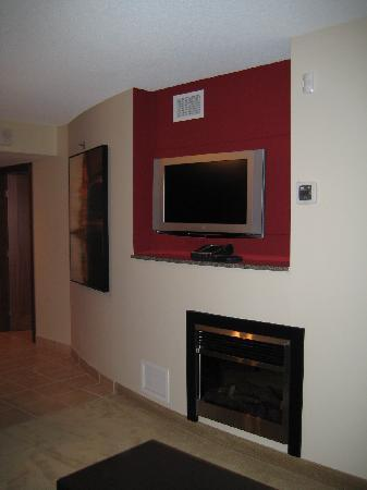 Living Room TV and Faux Fireplace