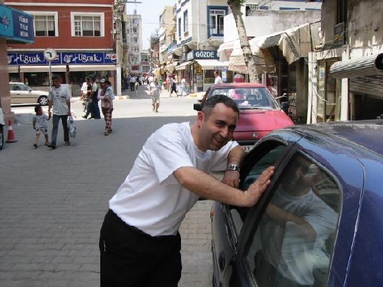 Hatay İli, Türkiye: Mehmet Aykut - The Owner