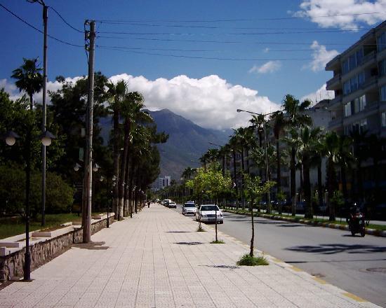 Hatay Province, Törökország: Ataturk Boulevard