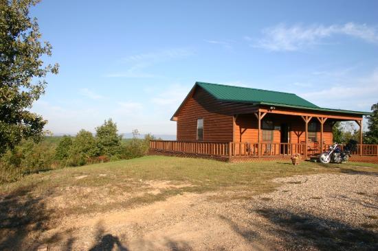 Ouachita Mountain Hideaway: Front Of Cabin