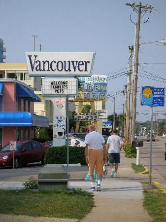 Vancouver Motel sign