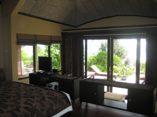 J Resorts Alidhoo: Towards ocean from upper level