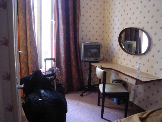 Hotel Saint Pierre: First view of the room